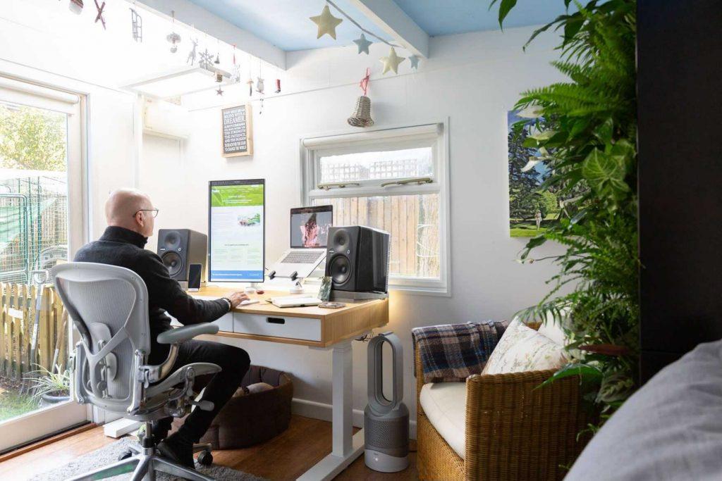biophilic-home-office
